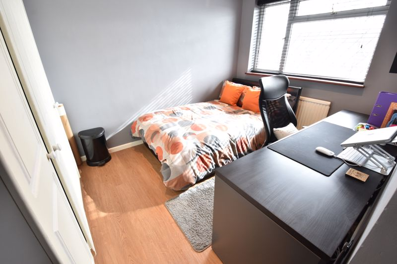 3 bedroom End Terrace to buy in Telscombe Way, Luton - Photo 10