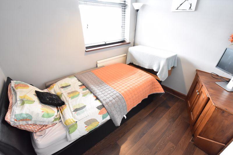3 bedroom End Terrace to buy in Telscombe Way, Luton - Photo 11