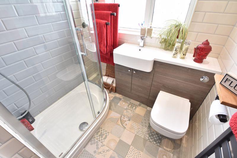 3 bedroom End Terrace to buy in Telscombe Way, Luton - Photo 12