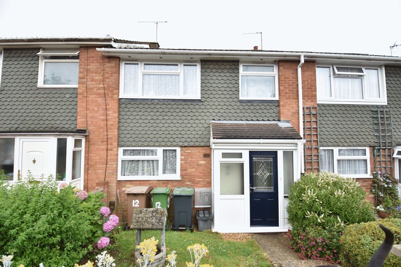 3 bedroom Mid Terrace to buy in Porlock Drive, Luton