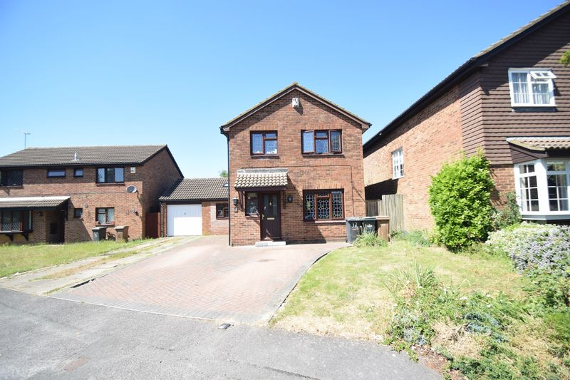 4 bedroom Detached  to rent in Markfield Close, Luton - Photo 31