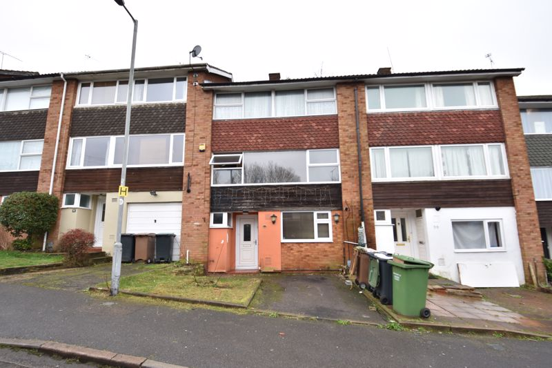 3 bedroom  to buy in Pomfret Avenue, Luton