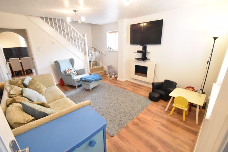 2 bedroom End Terrace to buy in Heron Drive, Luton - Photo 1