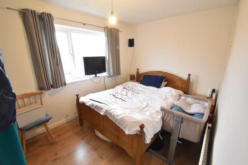2 bedroom End Terrace to buy in Heron Drive, Luton - Photo 11