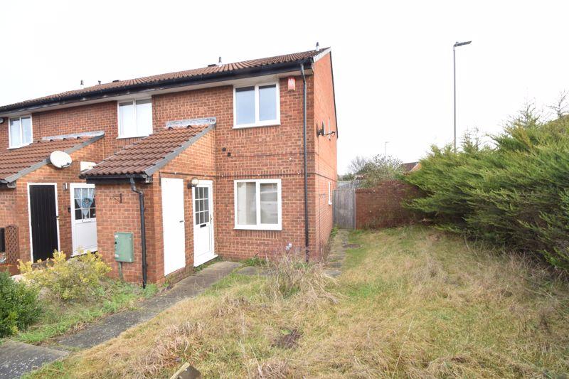 2 bedroom End Terrace to buy in Heron Drive, Luton