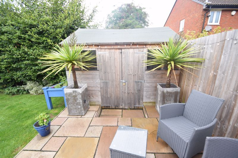 2 bedroom End Terrace to buy in Heron Drive, Luton - Photo 19