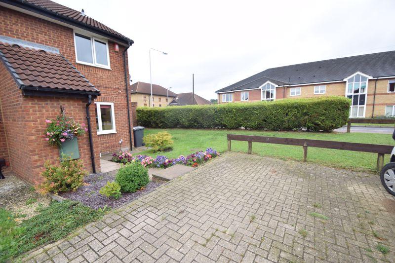 2 bedroom End Terrace to buy in Heron Drive, Luton - Photo 21