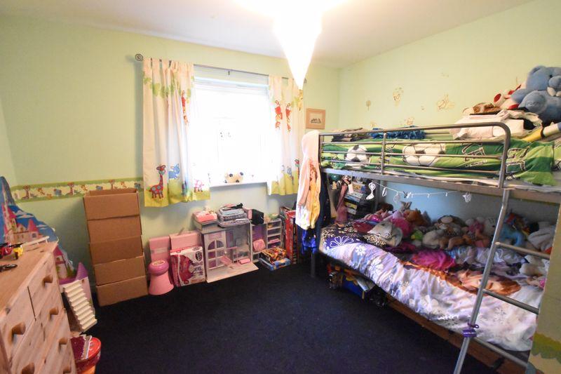 2 bedroom Flat to buy in Watling Gardens, Dunstable - Photo 7