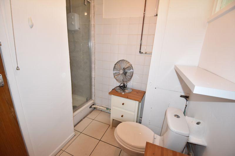 0 bedroom Apartment / Studio to rent in Crescent Road, Luton - Photo 5