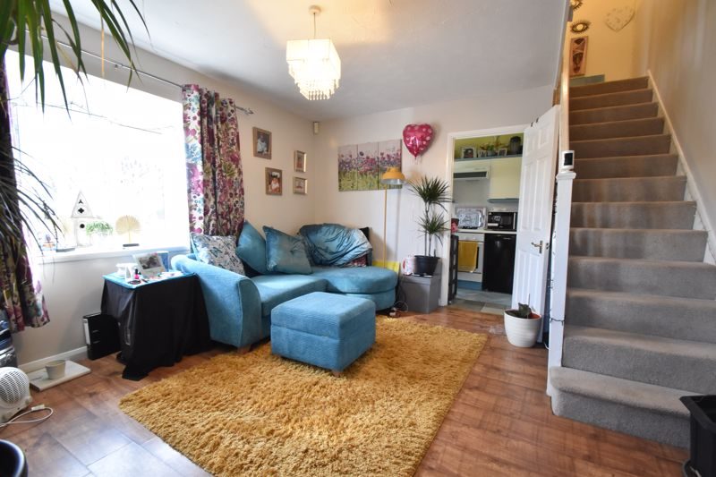 1 bedroom End Terrace to buy in Spayne Close, Luton - Photo 1