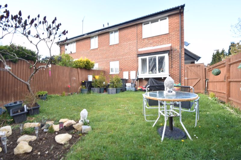 1 bedroom End Terrace to buy in Spayne Close, Luton - Photo 10