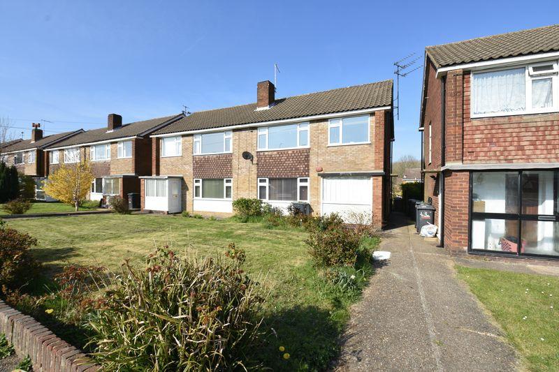 2 bedroom Maisonette to buy in Birchen Grove, Luton