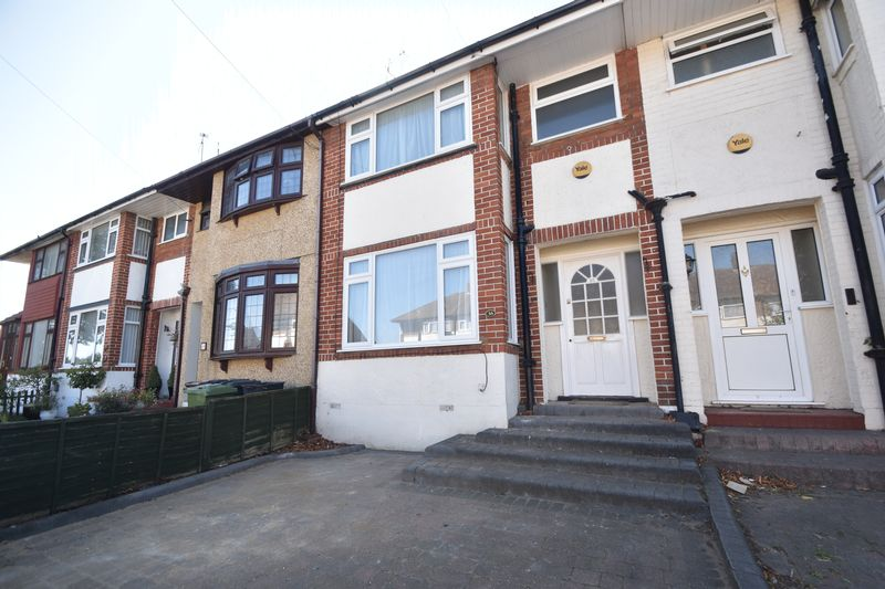 3 bedroom Mid Terrace to rent in Elmore Road, Luton - Photo 19