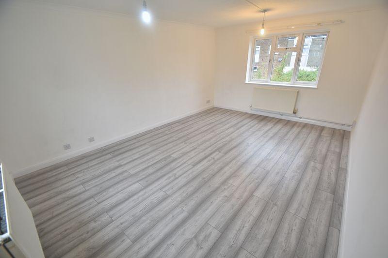 2 bedroom Maisonette to rent in Copenhagen Close, Luton