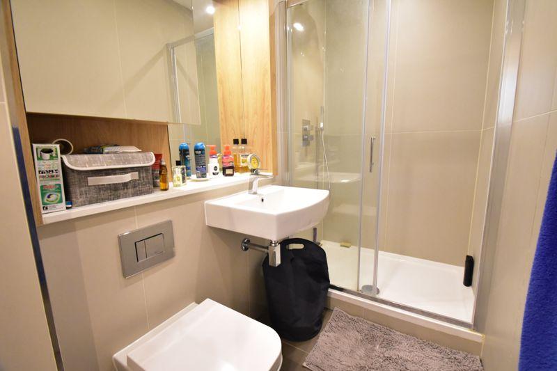2 bedroom Apartment / Studio to buy in Flowers Way, Luton - Photo 11