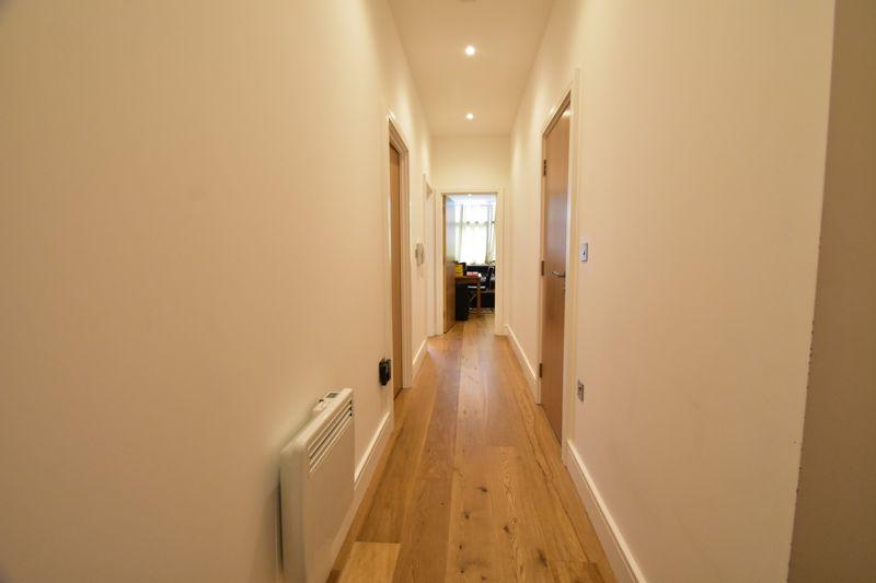 2 bedroom Apartment / Studio to buy in Flowers Way, Luton - Photo 15