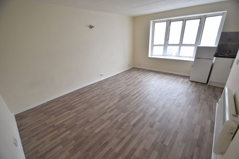 0 bedroom Flat to rent in Cheapside, Luton - Photo 6