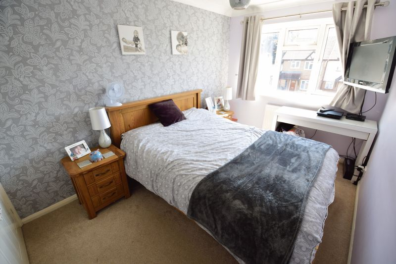 3 bedroom End Terrace to buy in Chalkdown, Luton - Photo 8