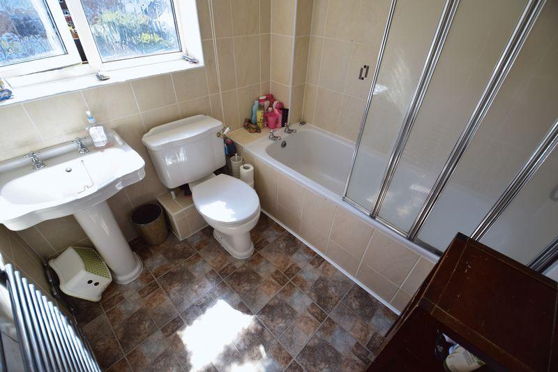 3 bedroom End Terrace to buy in Chalkdown, Luton - Photo 10