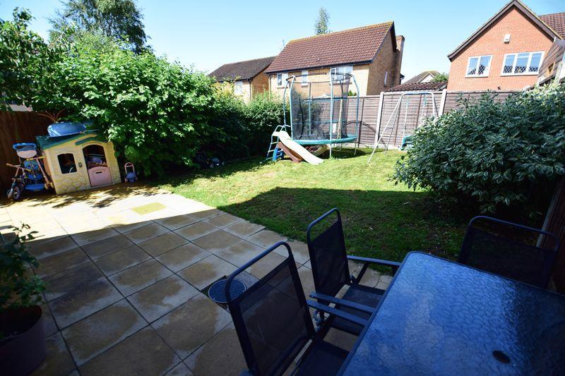 3 bedroom End Terrace to buy in Chalkdown, Luton - Photo 13