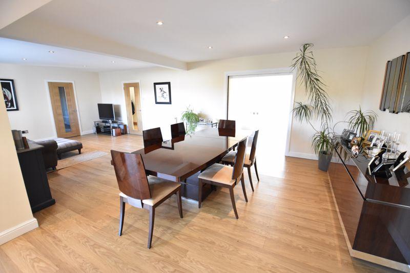 5 bedroom  to buy in Little lane , Bedford - Photo 8