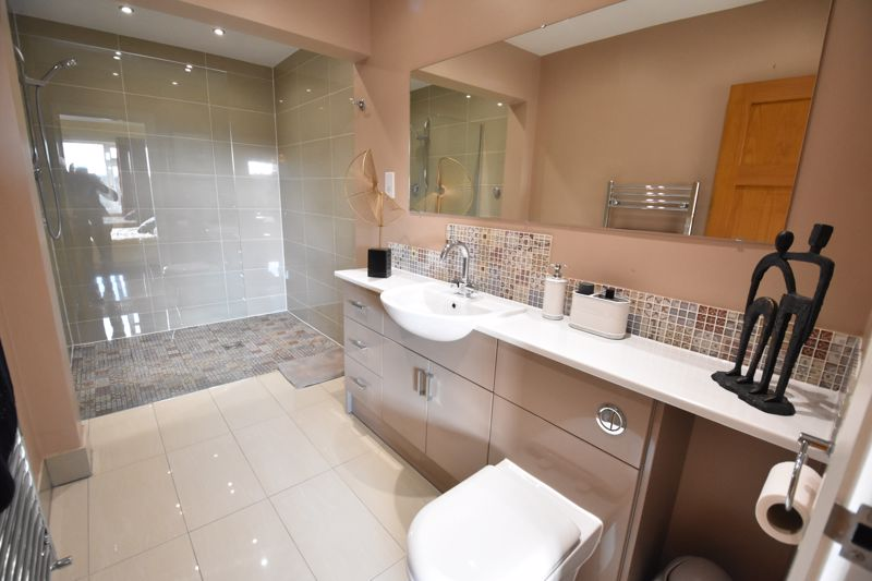 5 bedroom  to buy in Little lane , Bedford - Photo 13