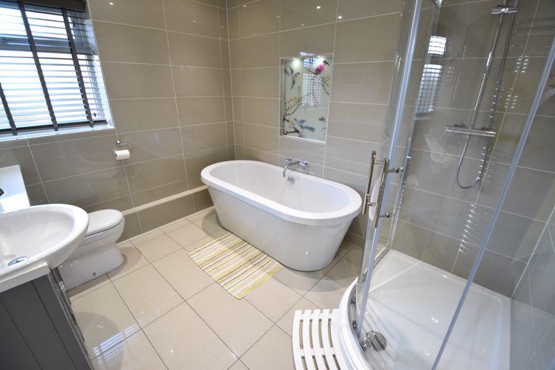 5 bedroom  to buy in Little lane , Bedford - Photo 15