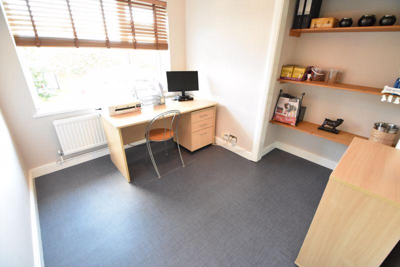 5 bedroom  to buy in Little lane , Bedford - Photo 18