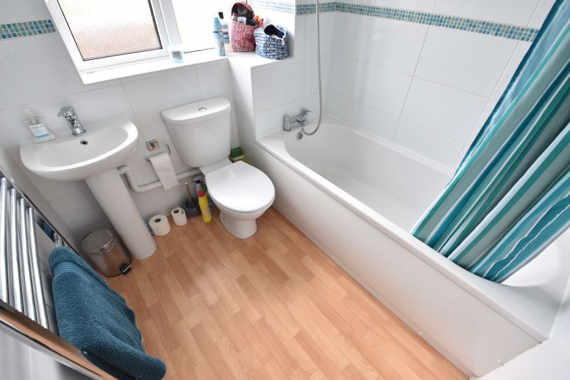 2 bedroom End Terrace to buy in Claverley Green, Luton - Photo 8