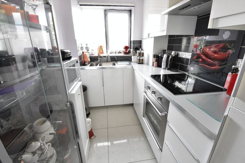 0 bedroom Maisonette to buy in Bunting Road, Luton - Photo 3
