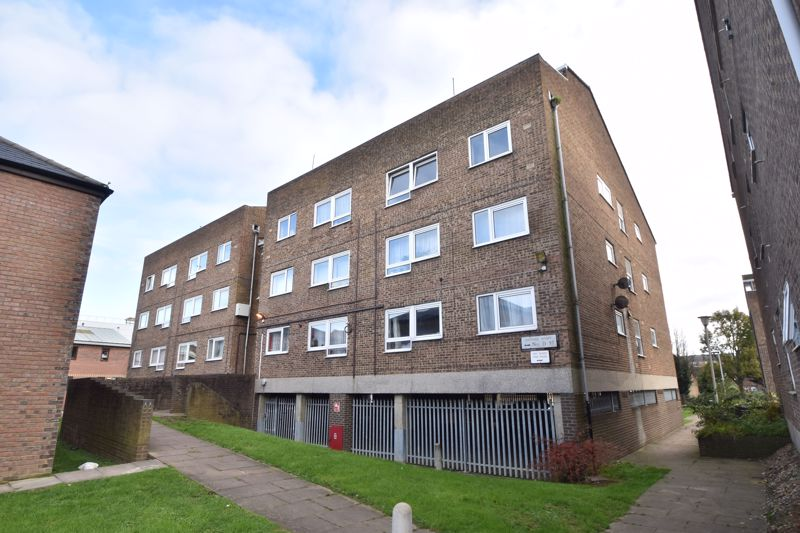 1 bedroom Flat to buy in Hastings Street, Luton