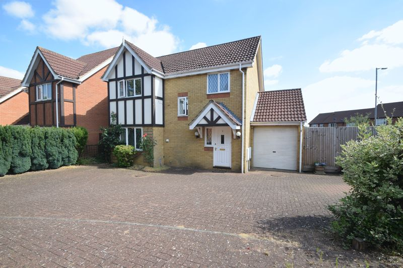 3 bedroom Detached  to buy in Thyme Close, Luton