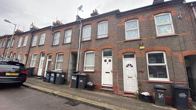 2 bedroom Mid Terrace to buy in Hartley Road, Luton