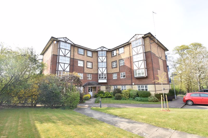 2 bedroom Flat to buy in Knights Field, Luton - Photo 20