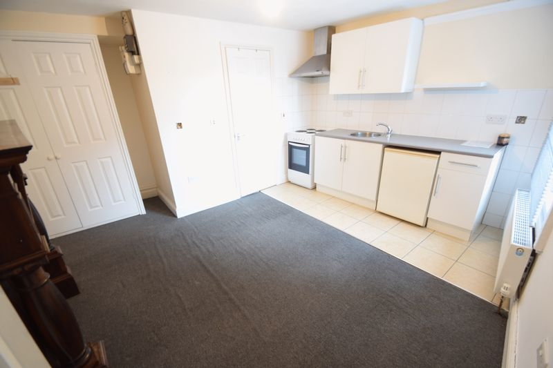0 bedroom Flat to rent in 7a New Bedford Road, Luton - Photo 6