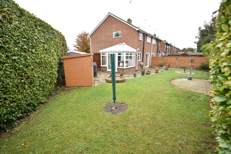 3 bedroom Semi-Detached  to buy in Carsdale Close, Luton - Photo 13