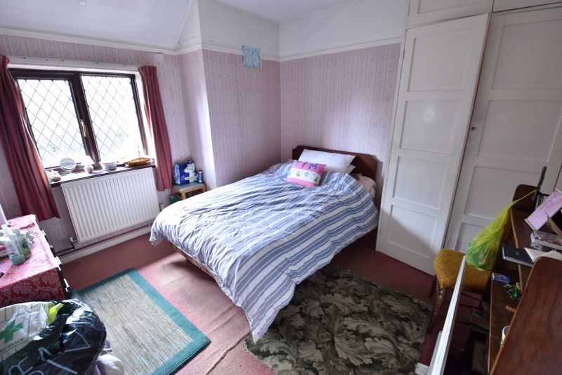 4 bedroom End Terrace to buy in Abbey Drive, Luton - Photo 12