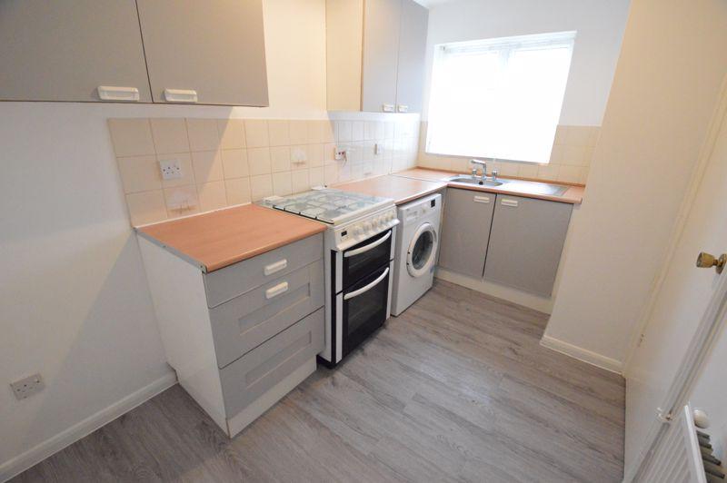 2 bedroom Semi-Detached  to buy in Coyney Green, Luton - Photo 1