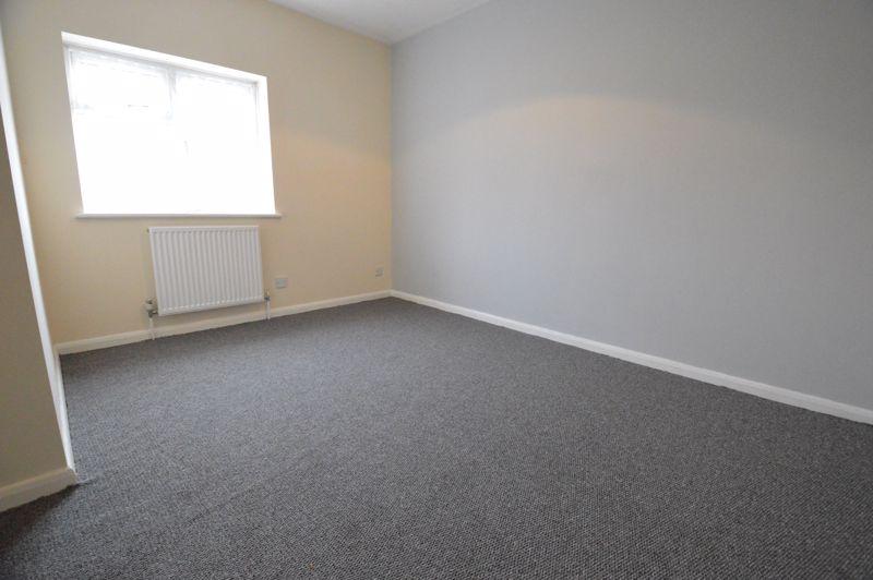 2 bedroom Semi-Detached  to buy in Coyney Green, Luton - Photo 5
