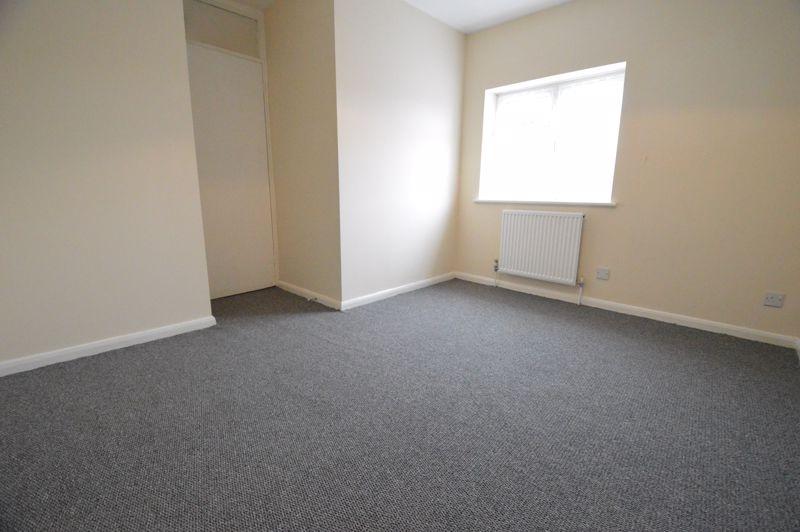 2 bedroom Semi-Detached  to buy in Coyney Green, Luton - Photo 6