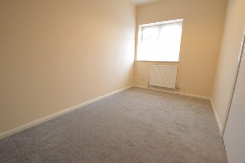 2 bedroom Semi-Detached  to buy in Coyney Green, Luton - Photo 9