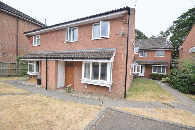 2 bedroom Semi-Detached  to buy in Moorland Gardens, Luton