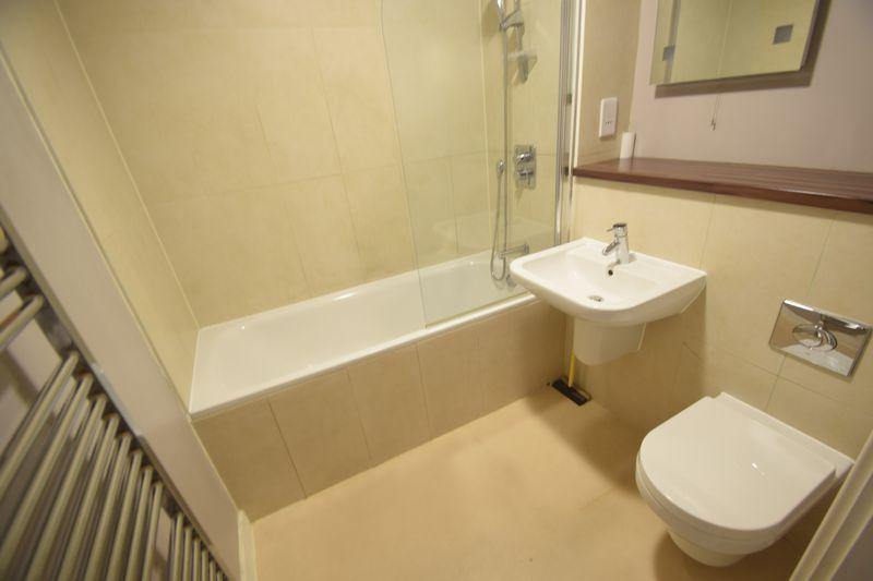 1 bedroom Flat to rent in Midland Road, Luton - Photo 11