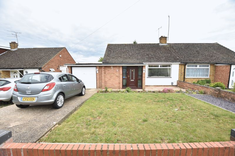 2 bedroom Bungalow to buy in Calverton Road, Luton