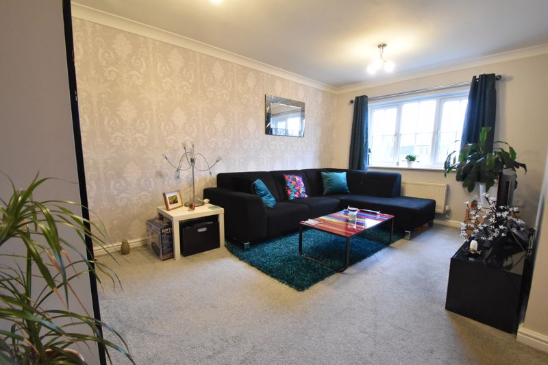 1 bedroom Apartment / Studio to buy in The Wickets, Luton - Photo 1