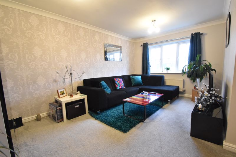 1 bedroom Apartment / Studio to buy in The Wickets, Luton - Photo 2