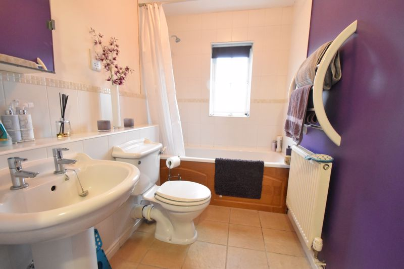 1 bedroom Apartment / Studio to buy in The Wickets, Luton - Photo 5