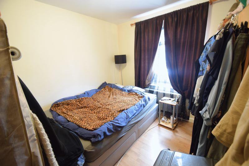 6 bedroom  to buy in Biscot Road, Luton - Photo 1