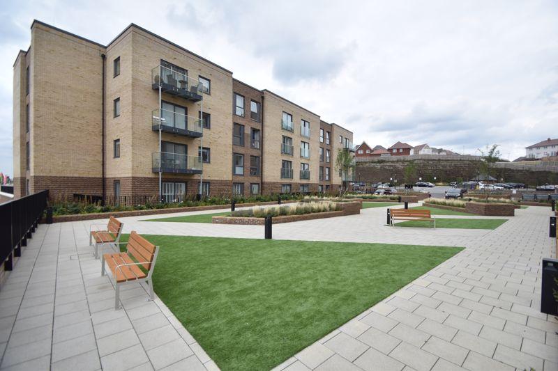 2 bedroom Flat to buy in Wilson Court, Kimpton Road, Luton