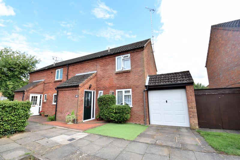 3 bedroom Semi-Detached  to buy in Links Way, Luton